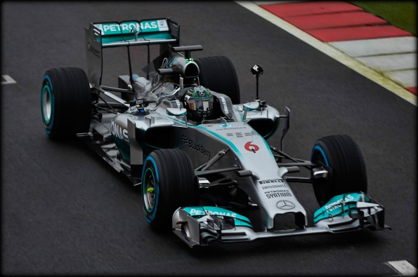 Mercedes-Benz-360-Degree-Video-Mercedes-AMG-Petronas-F1-W05-image