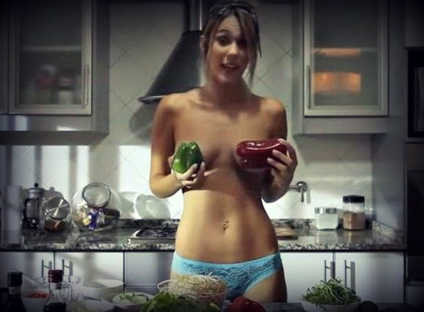topless-chef-1