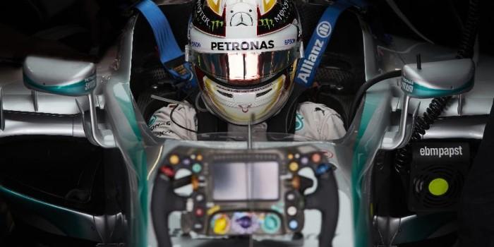 formula 1 - steering wheels-01