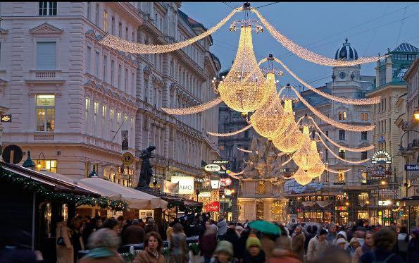 travelandleisure-best-of-christmas-destinations-2015-008