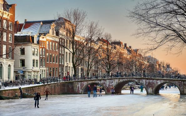 travelandleisure-best-of-christmas-destinations-2015-009