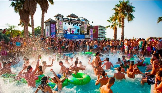 crazy-summer-vacations-in-Crete