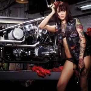 Και γιατί να μην διαλέξεις γυναίκα μηχανικό