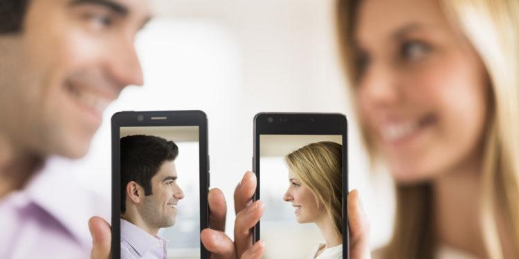 Ποια online προφίλ γνωριμιών θα έμοιαζε Συνδέστε το Outlook email iPhone