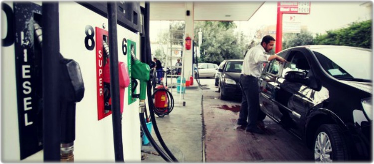 Τα πρατήρια μας κλέβουν στην βενζίνη