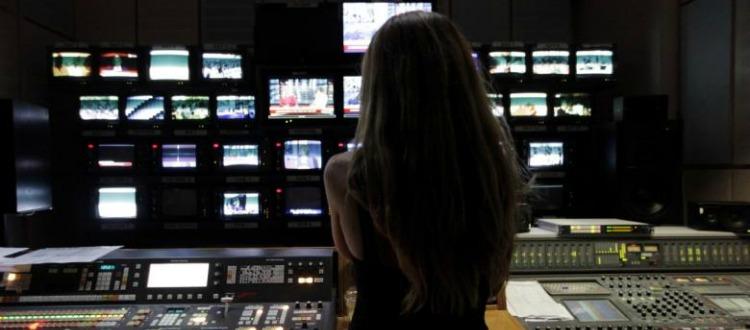 Υποκριτικός ο θόρυβος για τις 4 τηλεοπτικές άδειες
