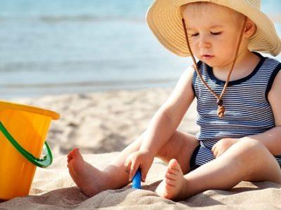 Τι λάθη κάνουν οι γονείς στις καλοκαιρινές διακοπές