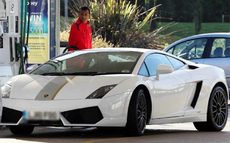 soccer-players-supercars-010