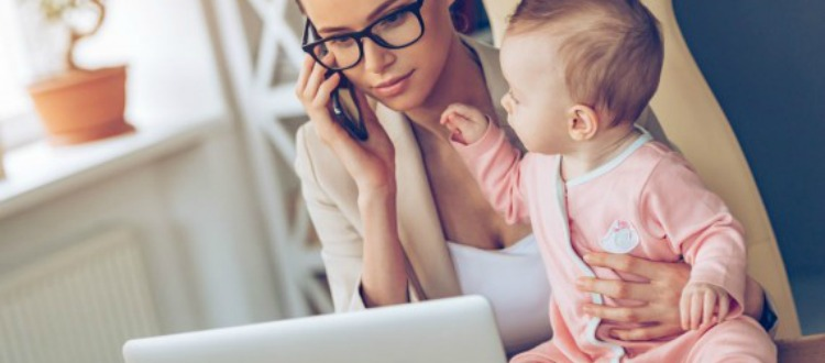 Τα πλεονεκτήματα που έχουν τα παιδιά των εργαζόμενων μητέρων