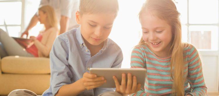 Πως επηρεάζουν τα tablet ύπνο και βάρος παιδιών