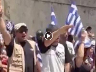 Ελληνική σημαία και ναζιστικός χαιρετισμός δεν μπορούν να συνυπάρξουν