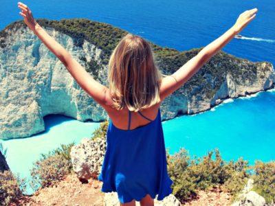 Ύμνοι από το Buzzfeed για τις ελληνικές παραλίες