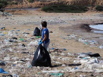 Η πιο βρώμικη παραλία της Ελλάδας