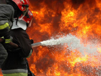 Άνοίγουν 2186 νέες θέσεις στην Πυροσβεστική