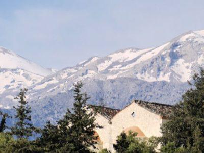 Στο ένα μέτρο το χιόνι στα Λευκά Όρη της Κρήτης