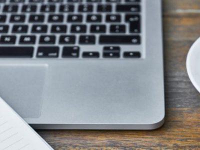 5 λάθη που καταστρέφουν το laptop μας