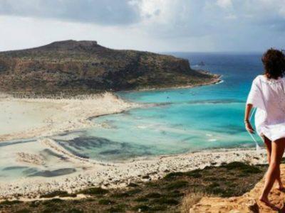 Σαρώνουν οι παραλίες των Χανίων