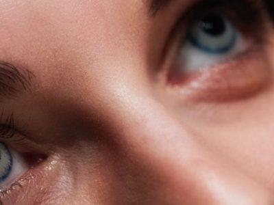 Τι να προσέχουν όσοι φορούν φακούς επαφής