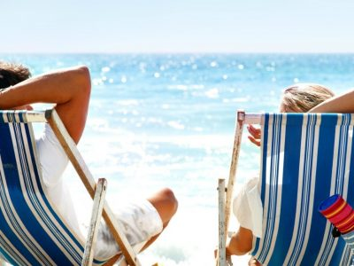 Οι μισοί Έλληνες δεν μπορούν να πάνε διακοπές