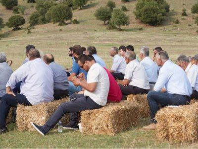 Άτακτη υποχώρηση Μητσοτάκη για εισφορές αγροτών