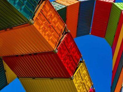 Κατρακυλούν εξαγωγές - παραγωγή - μεταποίηση