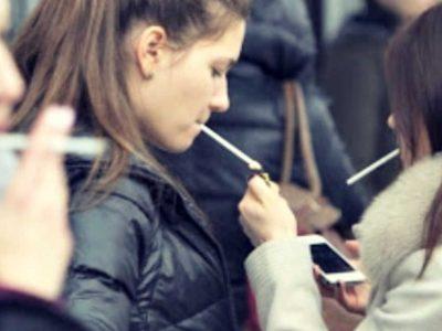 Ανοίγουν λέσχες καπνού παντού