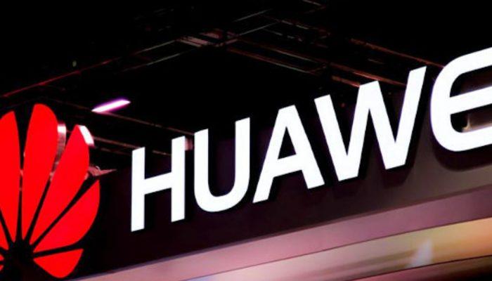 Συνεχίζει ο πόλεμος στην Huawei