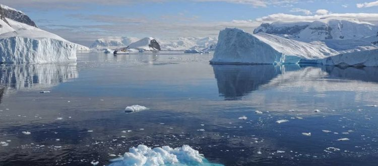 Θεαματική κατάρρευση παγετώνων της Ανταρκτικής