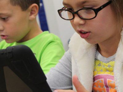Παιδιά στα social media σε μη επιτρεπτή ηλικία