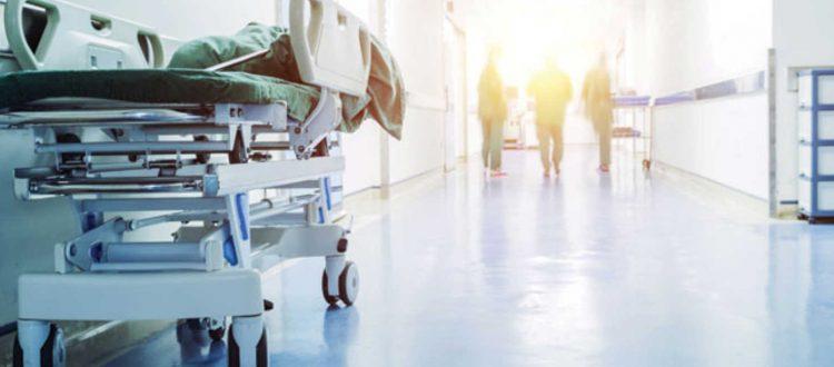 Αυξάνονται οι νοσούντες γιατροί και νοσηλευτές