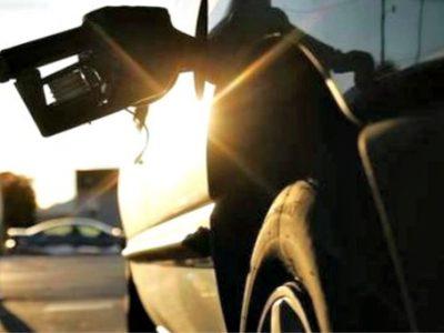 Κατάρρευση 30% για τις τιμές του πετρελαίου